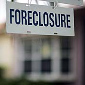 foreclosure_sign_home_18.jpg